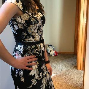 White House Black Market Dresses - White House Black Market Floral dress